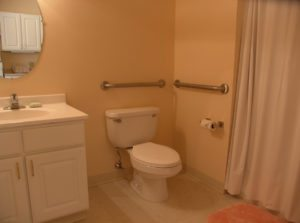 Caregiver in Maui HI: Helpful Bathroom Modifications for your Senior